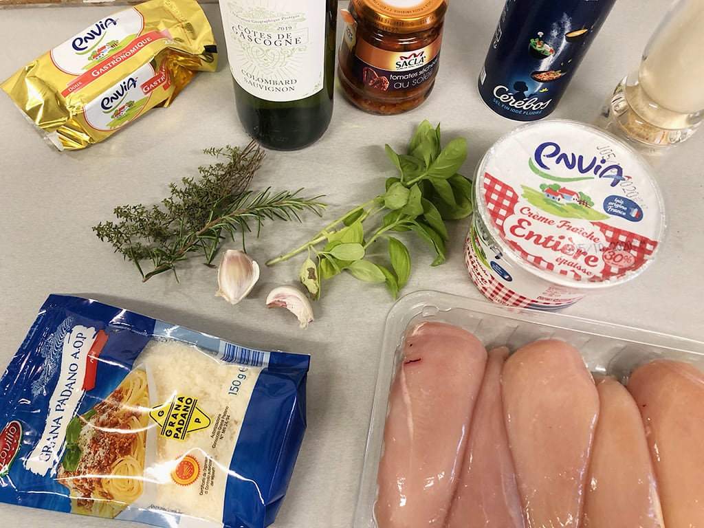 Creamy chicken with sundried tomatoes ingredients