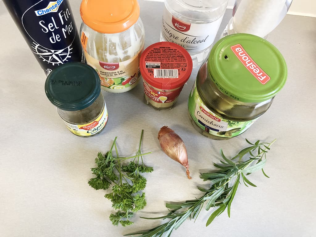 Homemade remoulade sauce ingredients