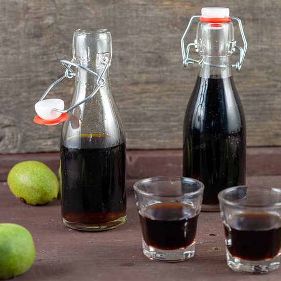 Make your own walnut liqueur