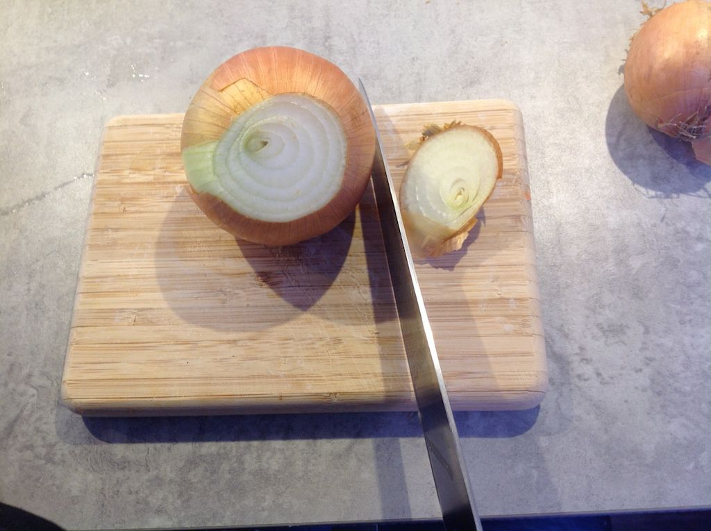 How to cut an onion 1