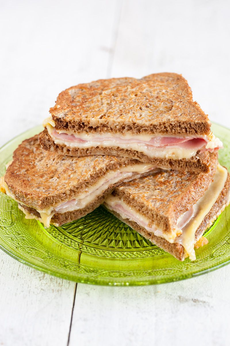 Ham-and-cheese-toastie