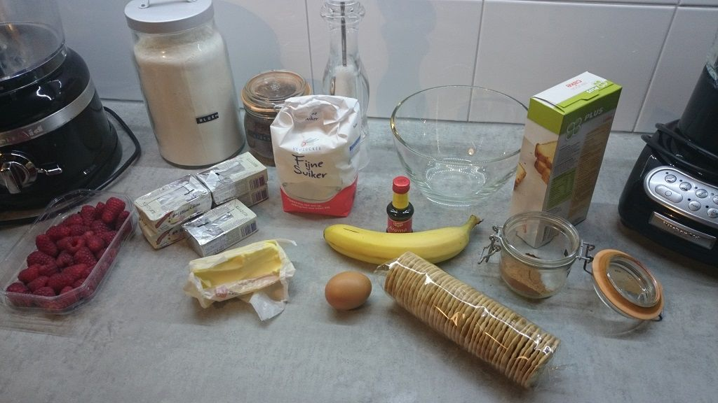 Raspberry banana shortcake ingredients