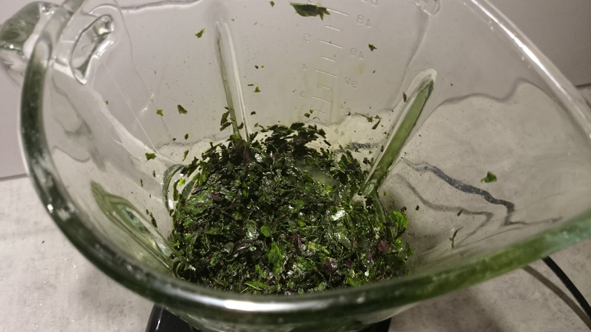 Chopped basil leaves