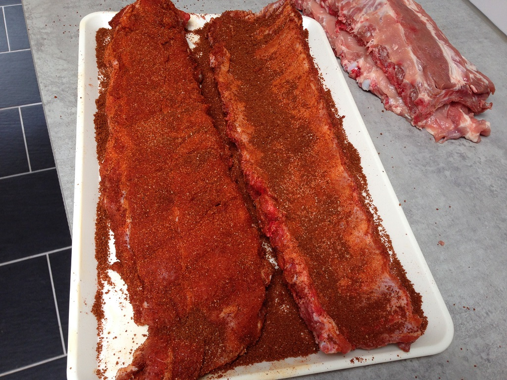 Spare ribs with dry rub