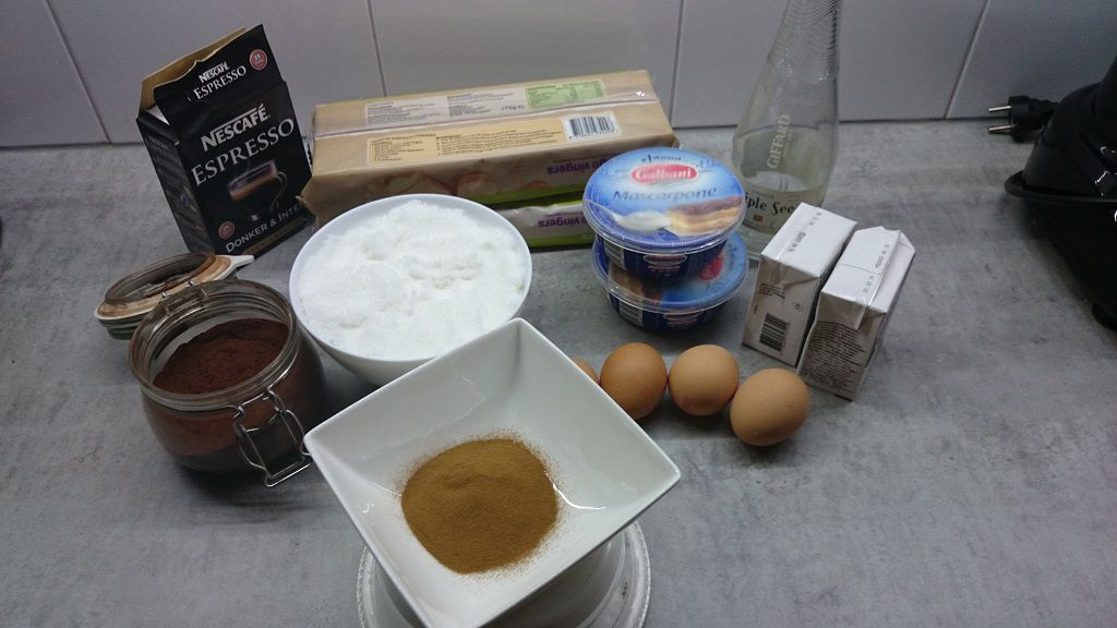 Tiramisu ingredients
