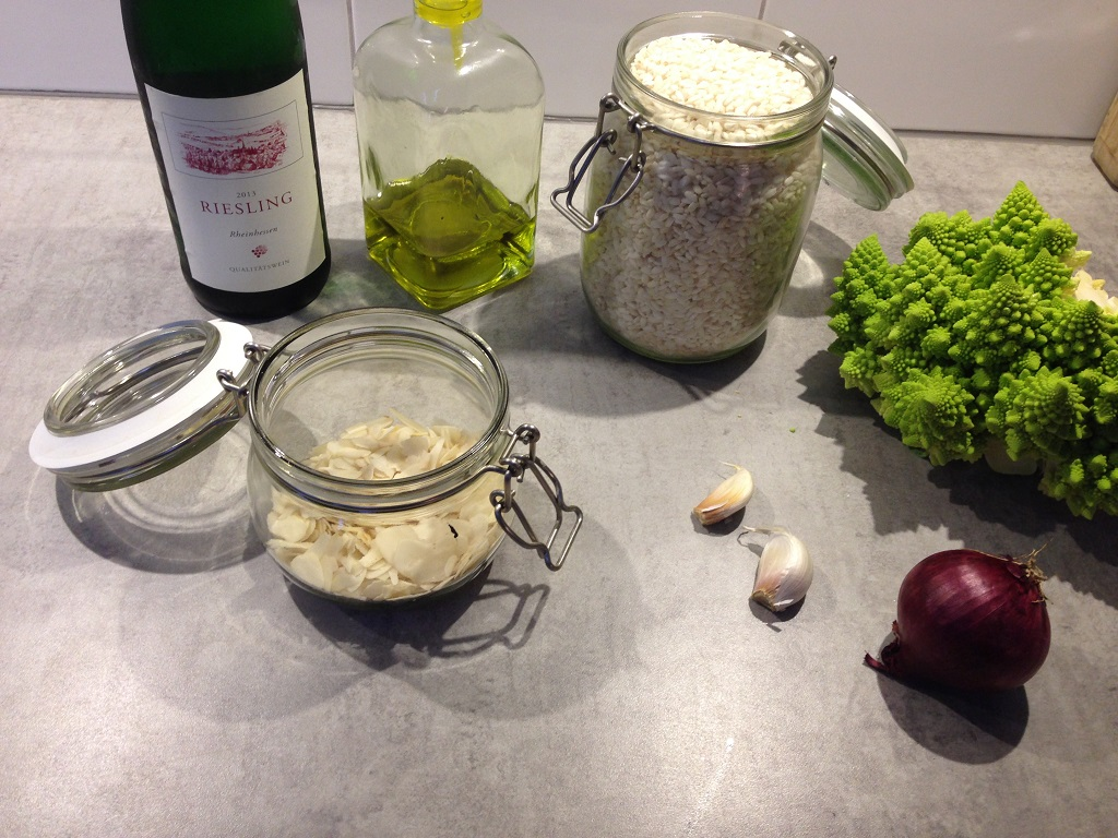 Vegetarian romanesco risotto ingredients