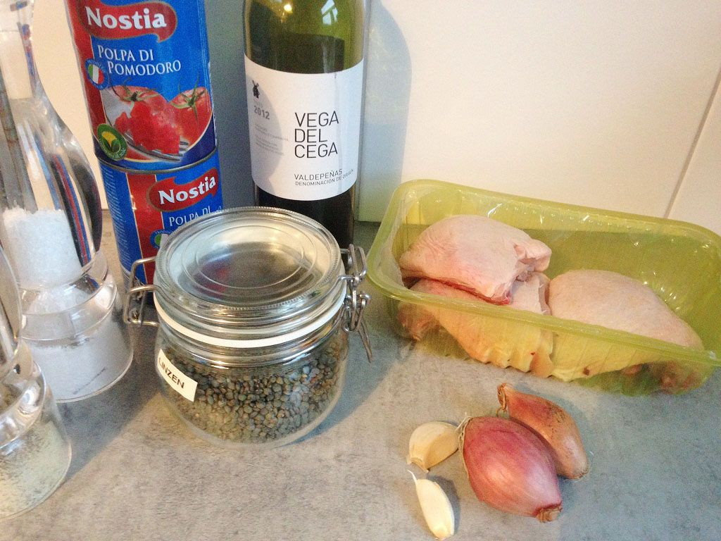 Rustic chicken cutlets with lentils and tomatoes ingredients