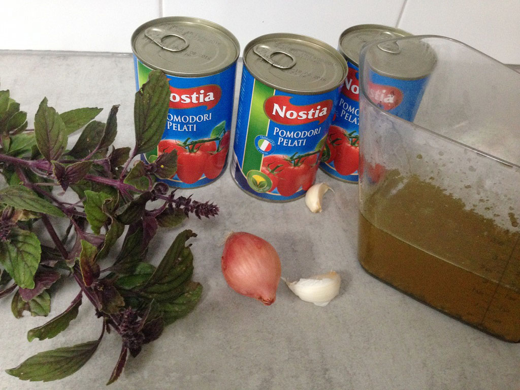 Tomato soup ingredients