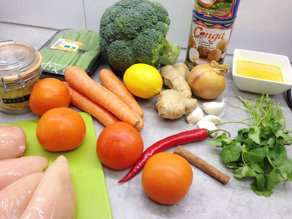 Coconut chicken curry ingredients - Coconut chicken curry