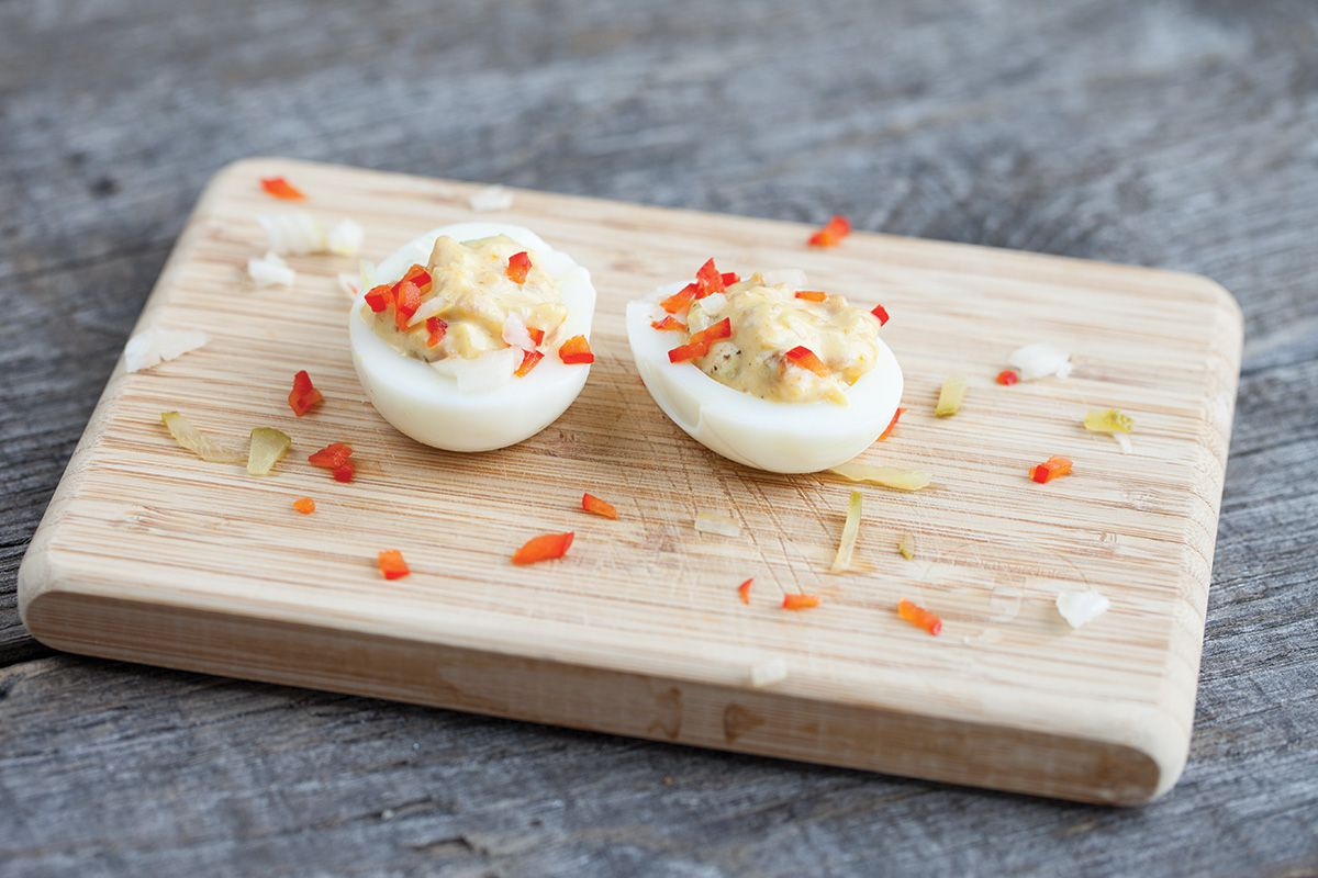 Bacon deviled eggs - 4 ways to make deviled eggs