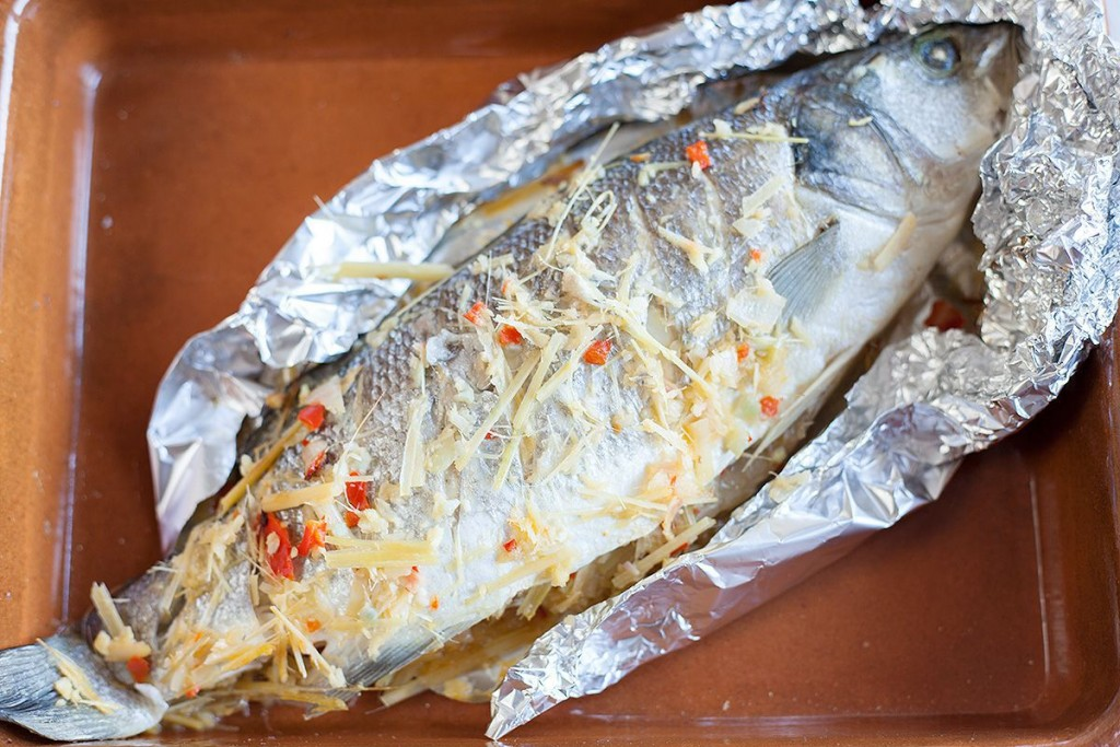Baked sea bass with lemongrass and ginger