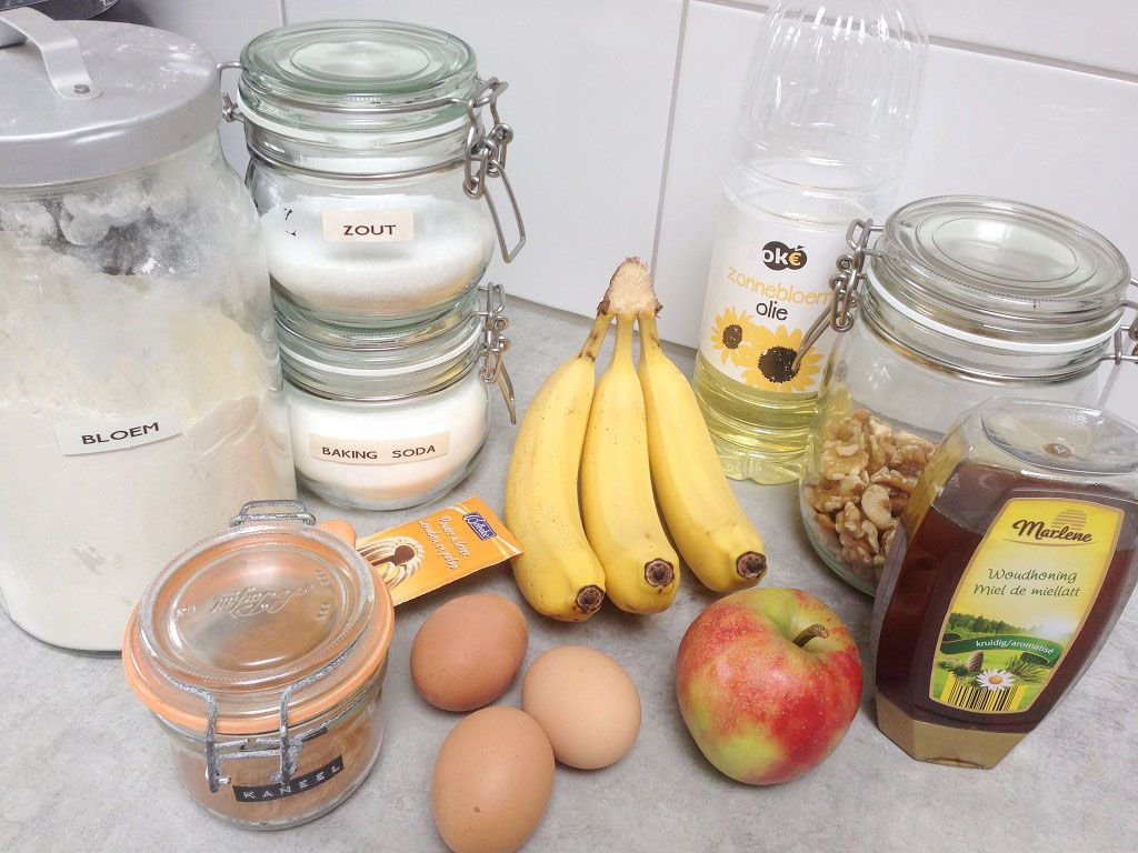 Sugar-free banana bread ingredients