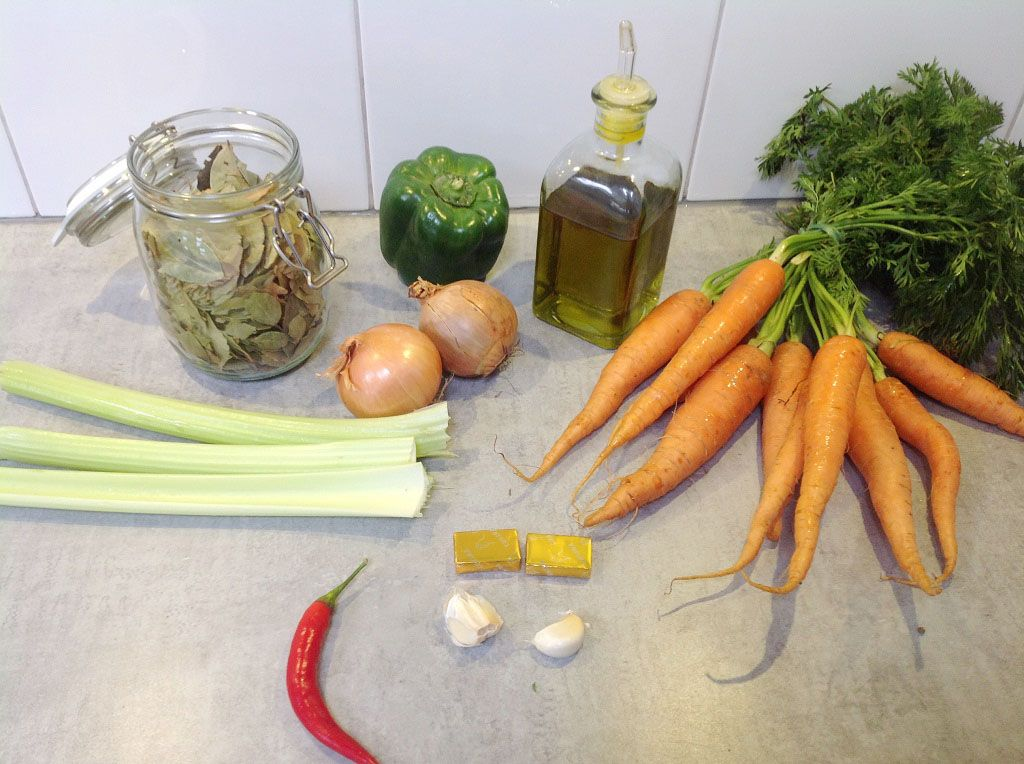 Carrot soup ingredients - Carrot soup