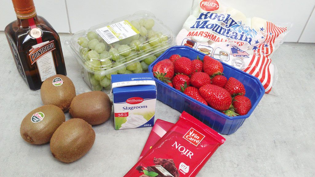 Chocolate and strawberry fondue ingredients
