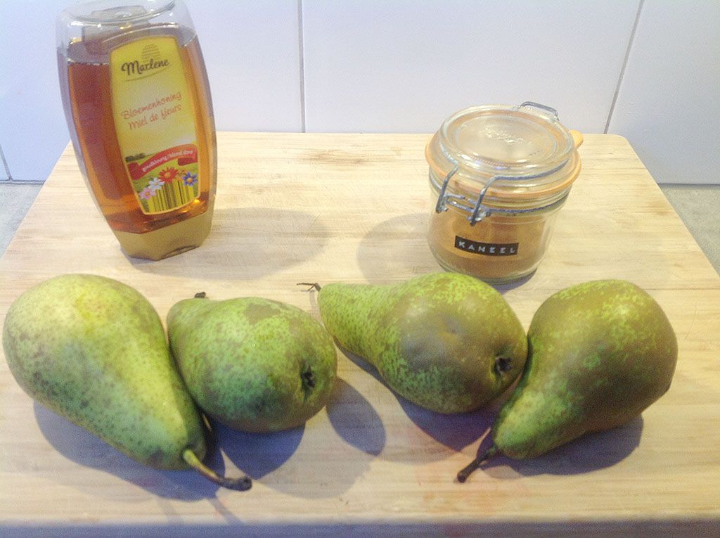 Caramelized pears ingredients