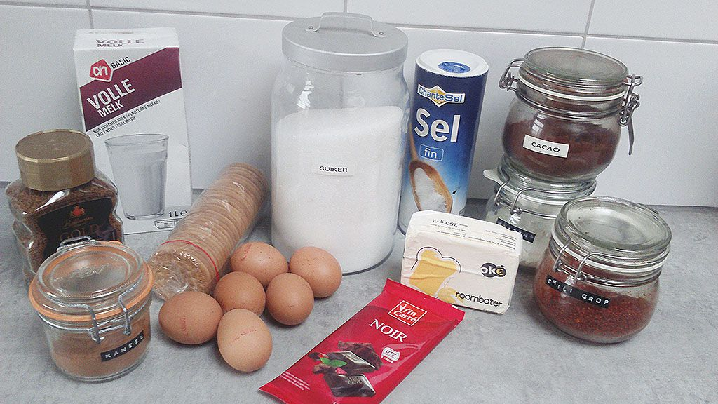 Mexican chocolate pie ingredients - Mexican chocolate pie