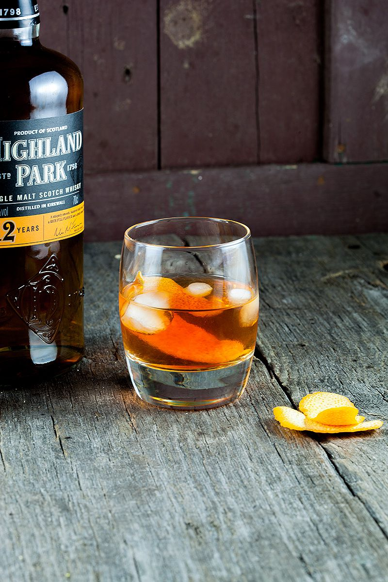 Old fashioned whiskey drink 2 - Old Fashioned whiskey drink
