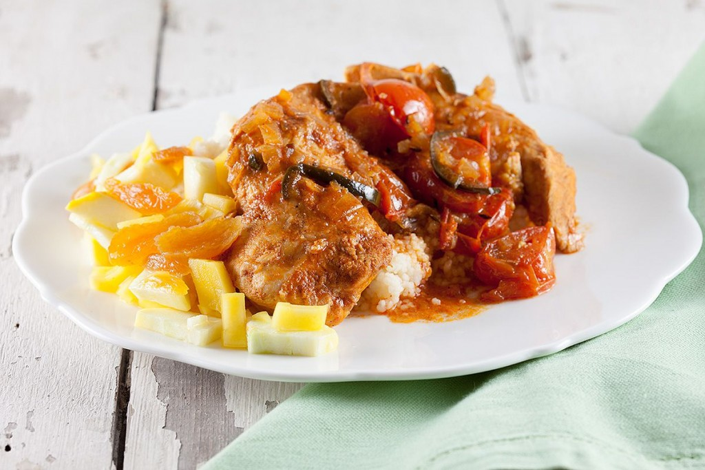Slow cooker spicy chicken breasts