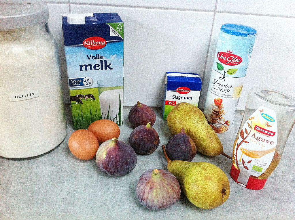 Crepes with figs and pears ingredients