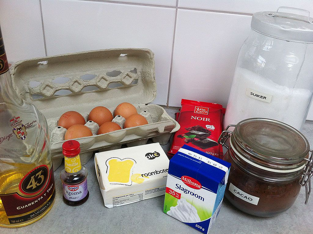 Gluten-free dark chocolate cake ingredients