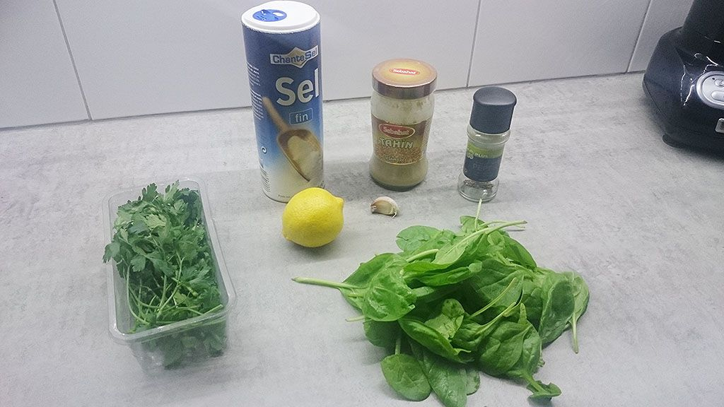 Green tahini salad dressing ingredients