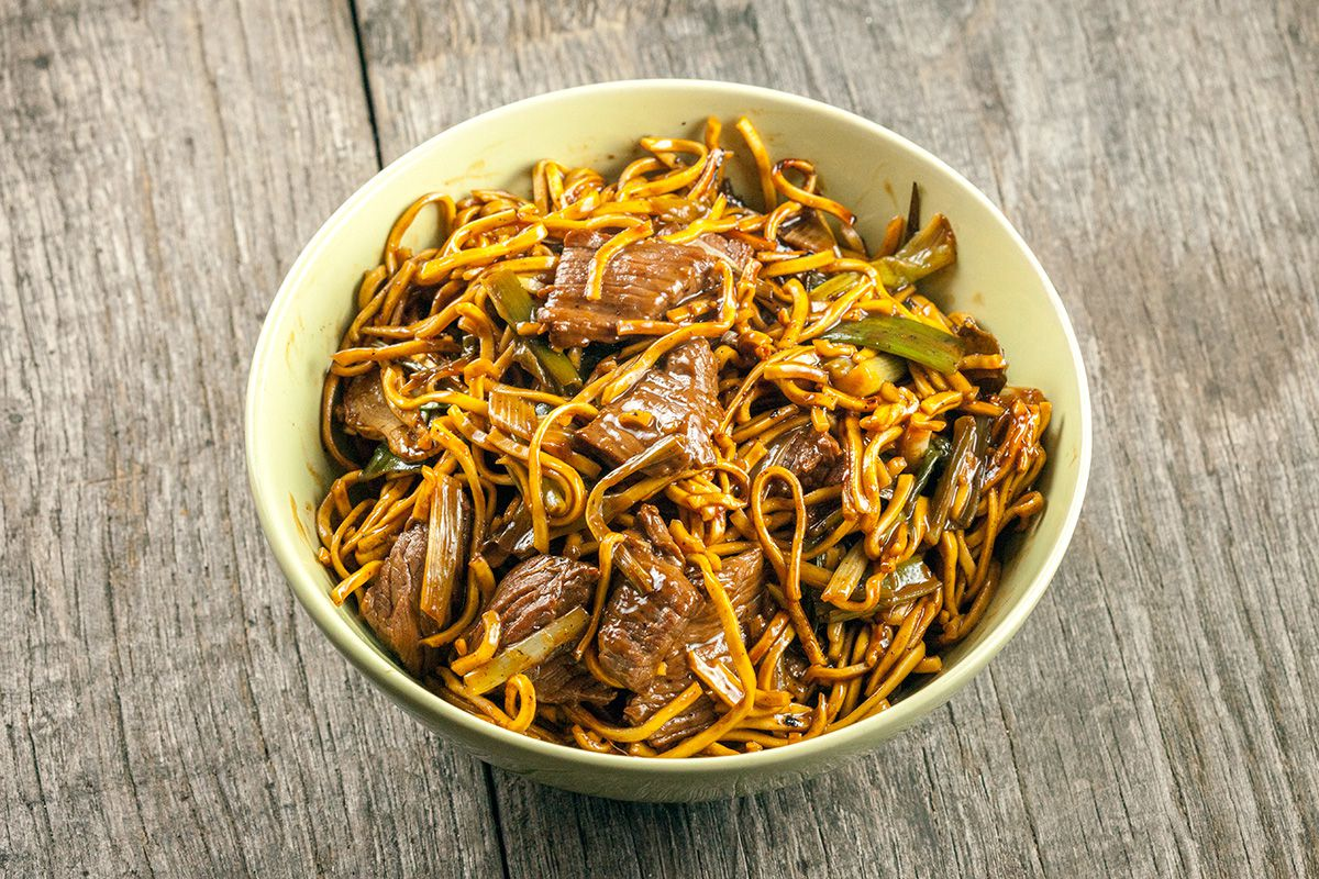 Beef chow noodles