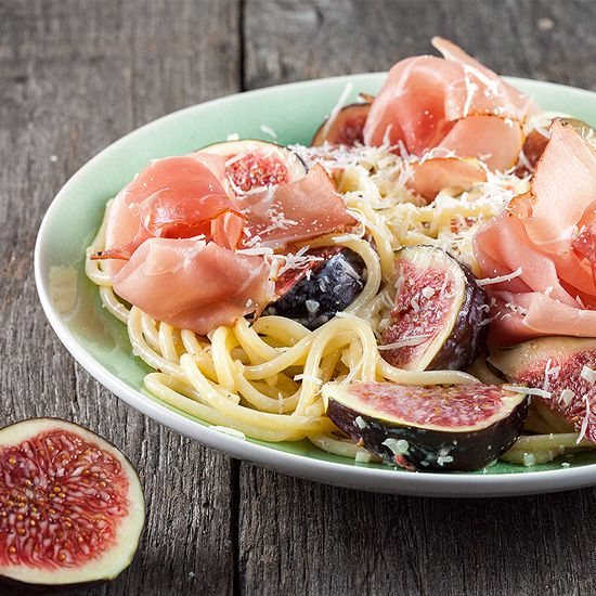 Figs and ham pasta square - Figs and ham pasta
