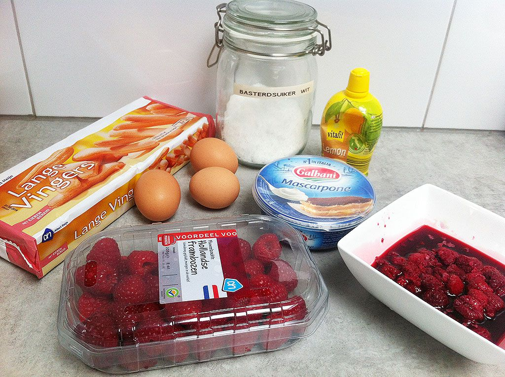 Raspberry tiramisu ingredients
