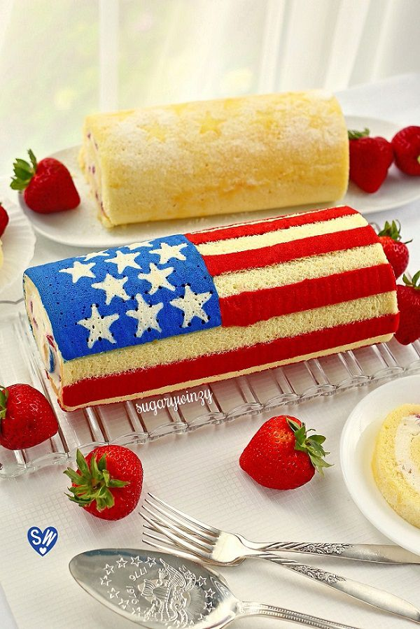 Old glory flag roll cake