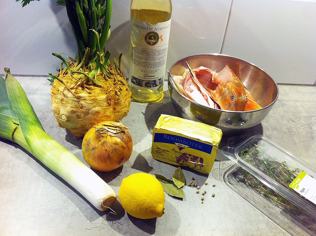 How to make fish stock ingredients