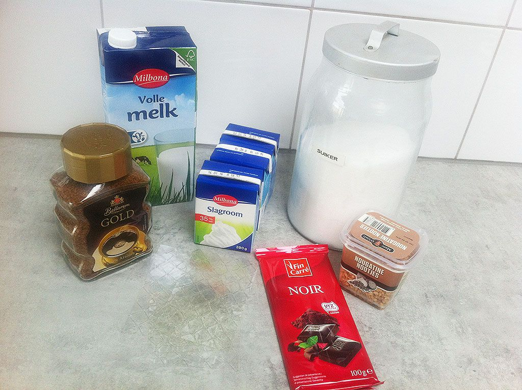 Mocha panna cotta ingredients