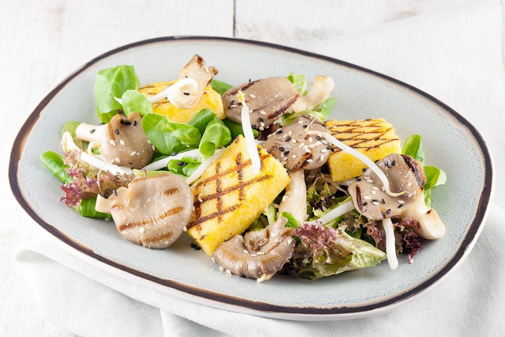 Oyster mushrooms and polenta salad
