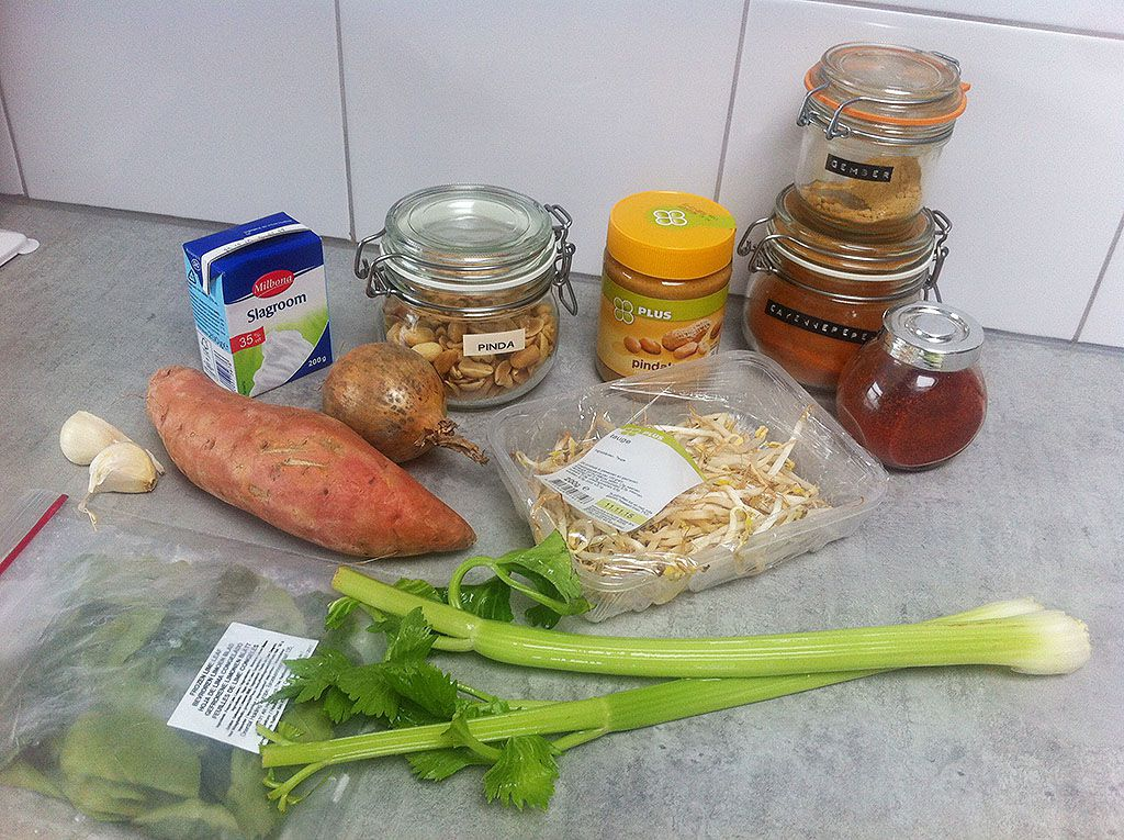 Spicy peanut soup ingredients