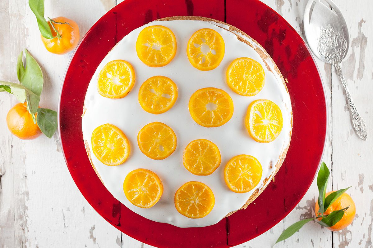 Double layered clementine cake