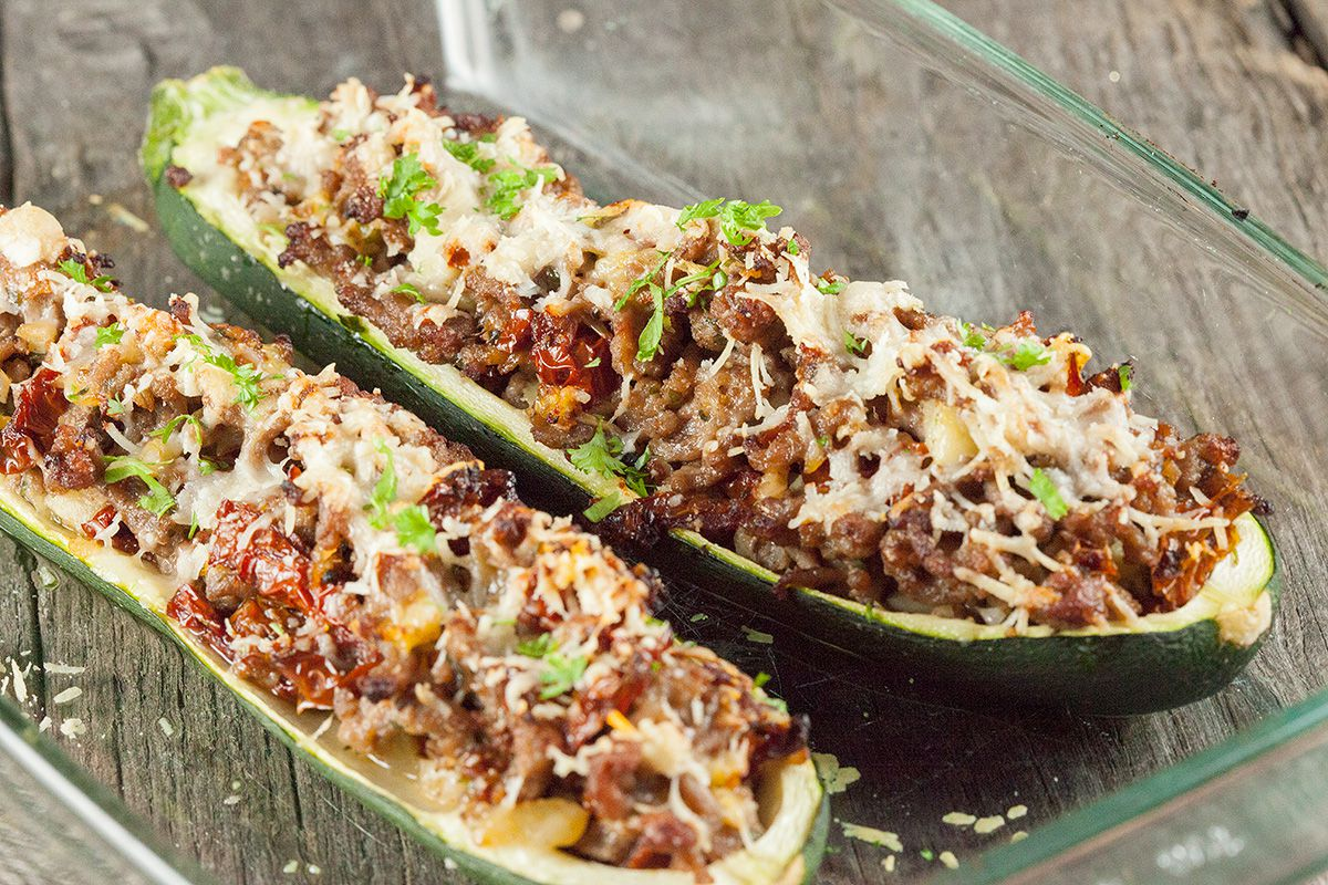 Minced Meat Stuffed Zucchini Boats Ohmydish Com