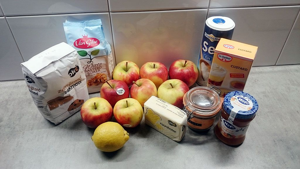 Classic apple pie ingredients