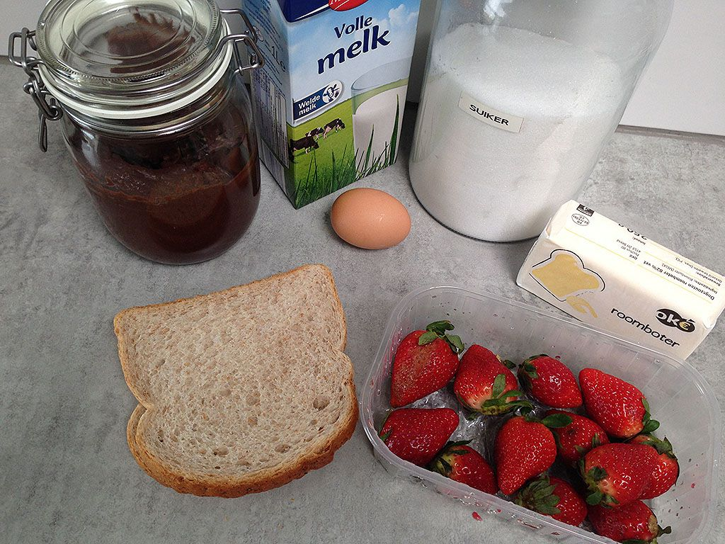 French toast with homemade Nutella and strawberries ingredients