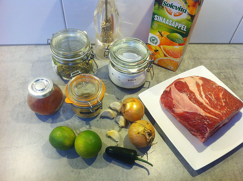 Slow cooker pork carnitas ingredients