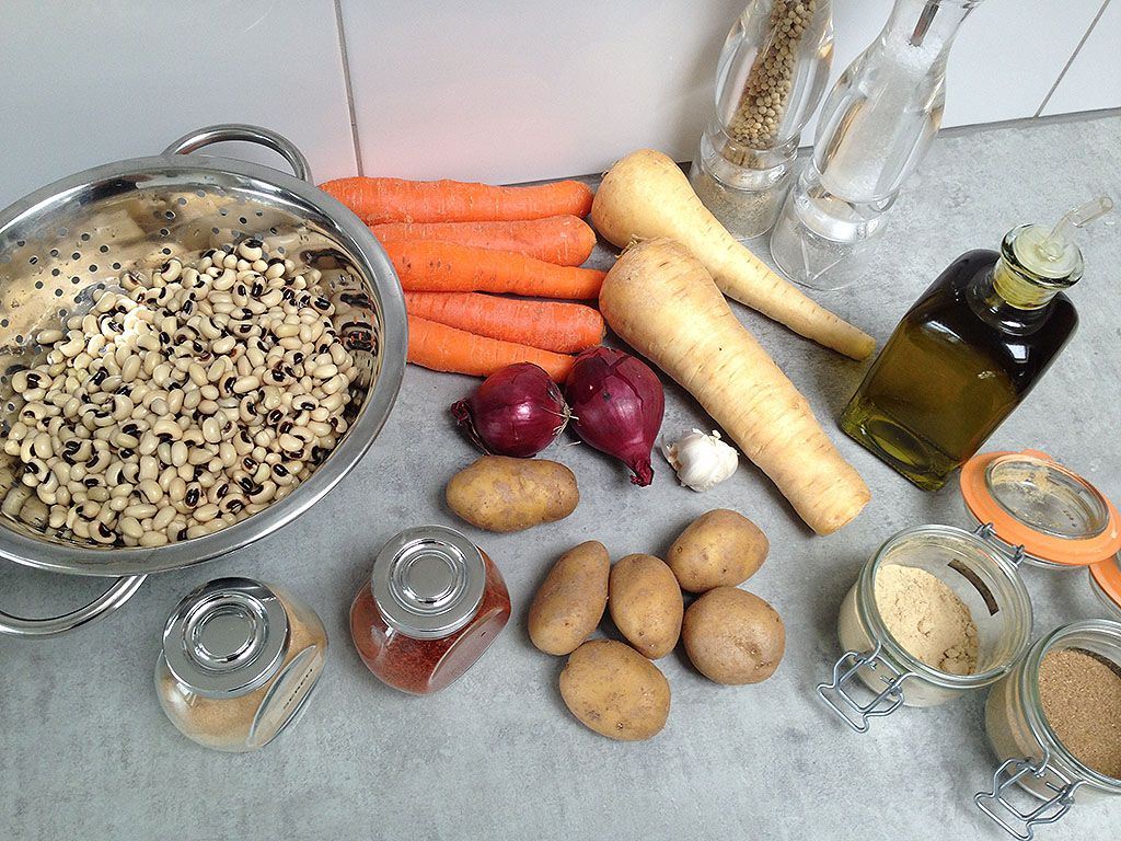 Vegetarian black eyed pea stew ingredients - Vegetarian black-eyed pea stew