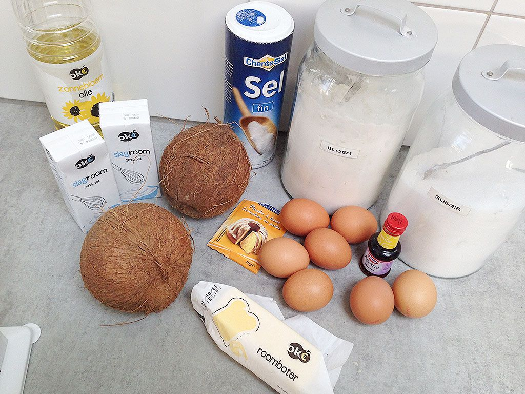 Coconut pie ingredients - Coconut pie