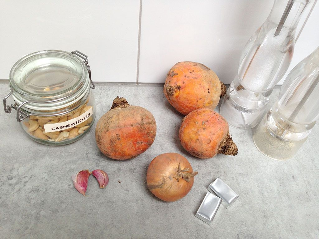 Golden beet soup ingredients