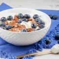 Greek yogurt mascarpone with blueberries and honey 120x120 - Warm apricots