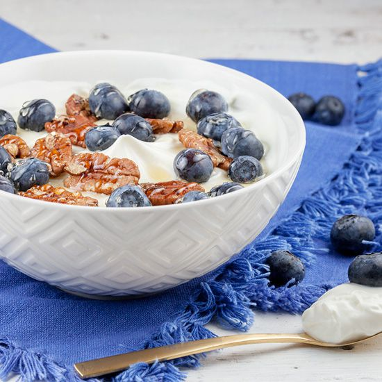 Greek yoghurt mascarpone with blueberries and honey