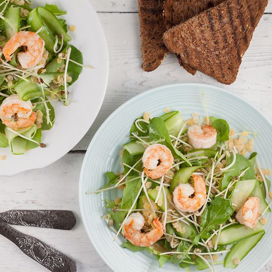 Red lentil shrimp salad