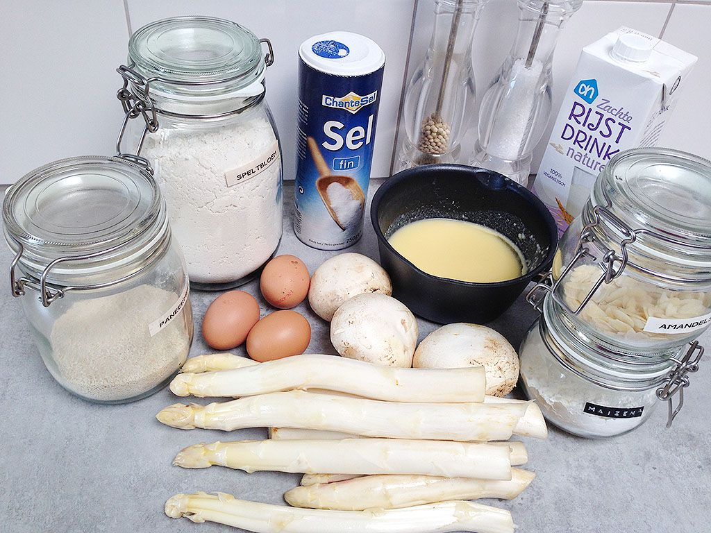 Dairy-free white asparagus and mushroom quiche ingredients
