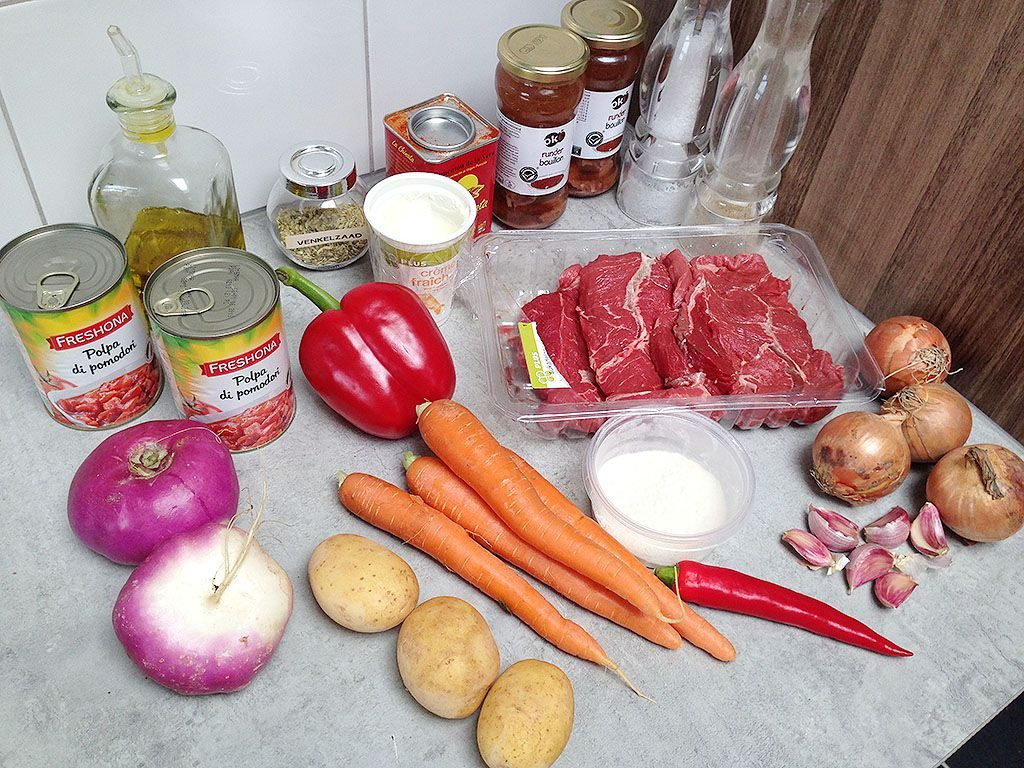 Beef Goulash soup ingredients