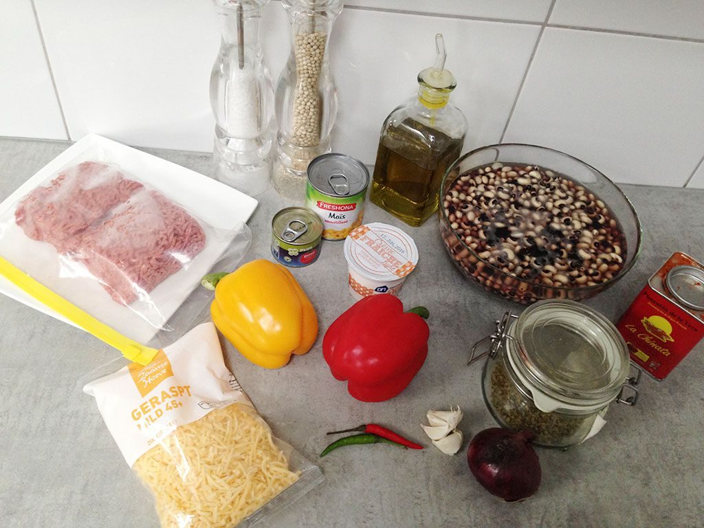 One-pot Mexican beans and mince ingredients