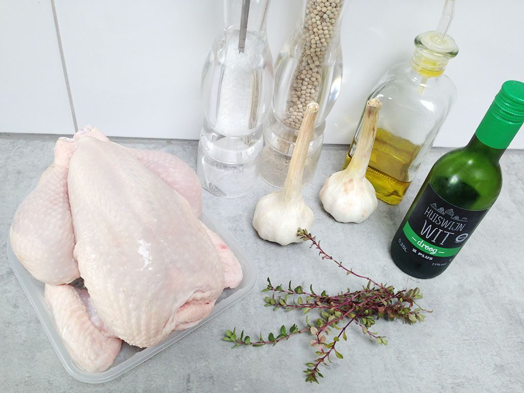 Roasted chicken with 40 cloves of garlic ingredients