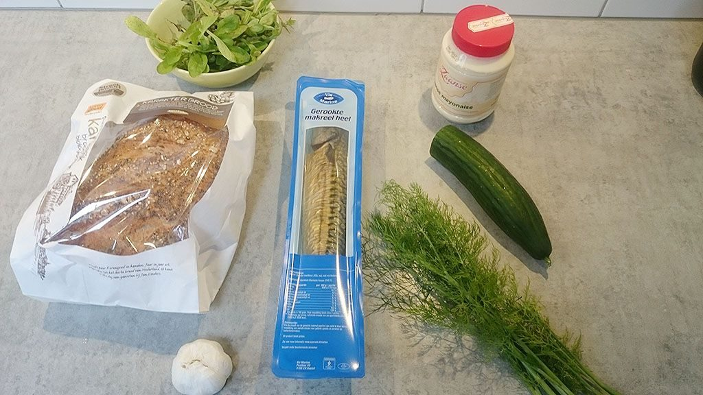 Smoked mackerel and dill sandwich ingredients