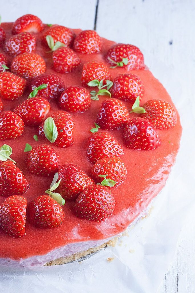 Dutch strawberry quark tart 2 683x1024 - Dutch strawberry quark tart
